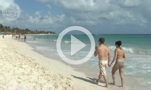 Mamitas Beach - Playa del Carmen's Trendy Downtown Beach